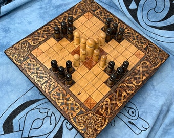 Hnefatafl: 9x9 square grid; historic Finnish Tablut & modern Single Step variants, Handmade Wooden Board Game – Customizable – MADE TO ORDER