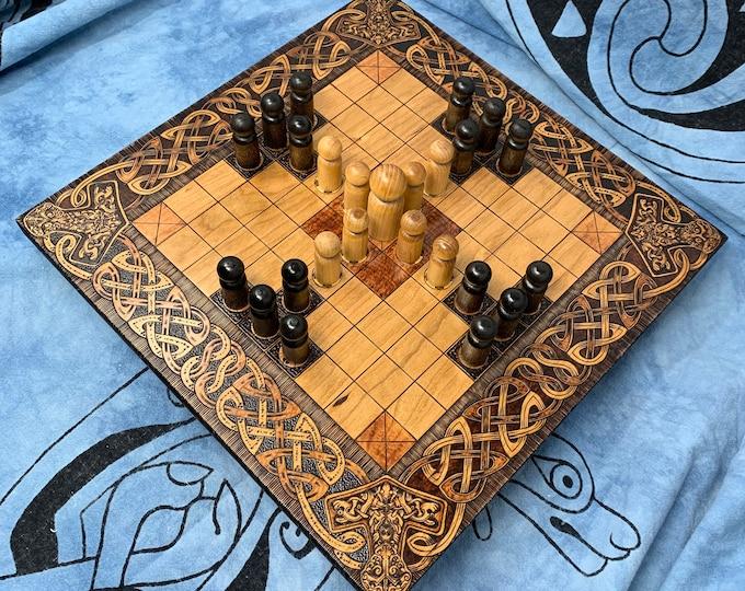 Hnefatafl: 9x9 square grid; historic Finnish Tablut & modern Single Step variants, Handmade Wooden Board Game – Customizable – MADE TO ORDER