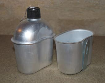 WWII WW2 US M1942 Aluminum Reproduction Canteen and Cup