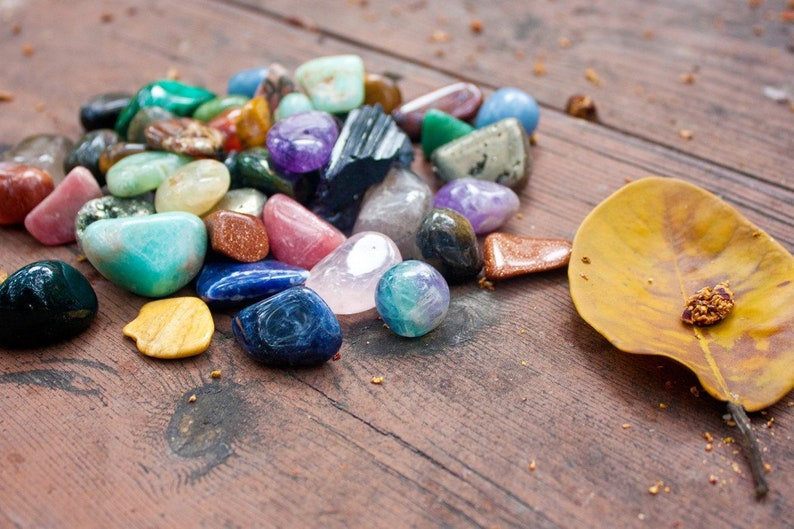 Customized Healing Crystals Hand-Picked Bundle Assortment to Assist in  Treating Common Conditions