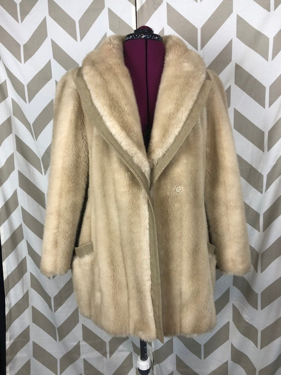 70s Faux Fur Coat - Ladies Vintage Faux Fur Coat