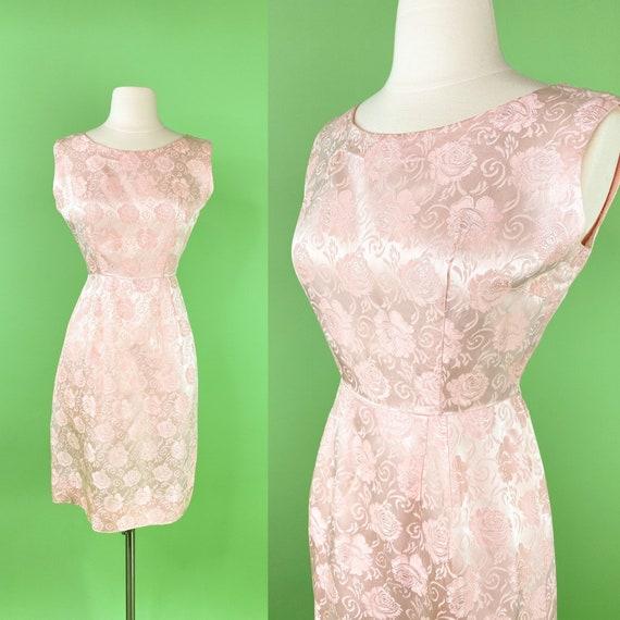 Vintage 1960s Pink Floral Brocade Dress Small