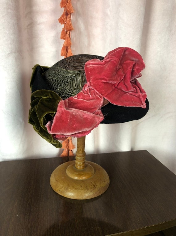 30s 40s Velvet Hat - Green and Pink - Tilt Hat - S