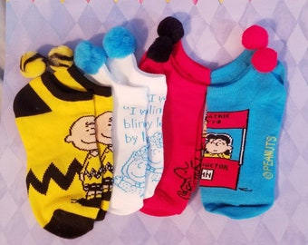 18575f5e06 Pompom socks Cartoon Characters