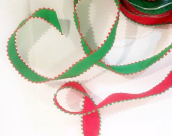 My Favorite Ribbon - Red & Green