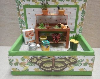 Miniature roombox - the garden potting shed