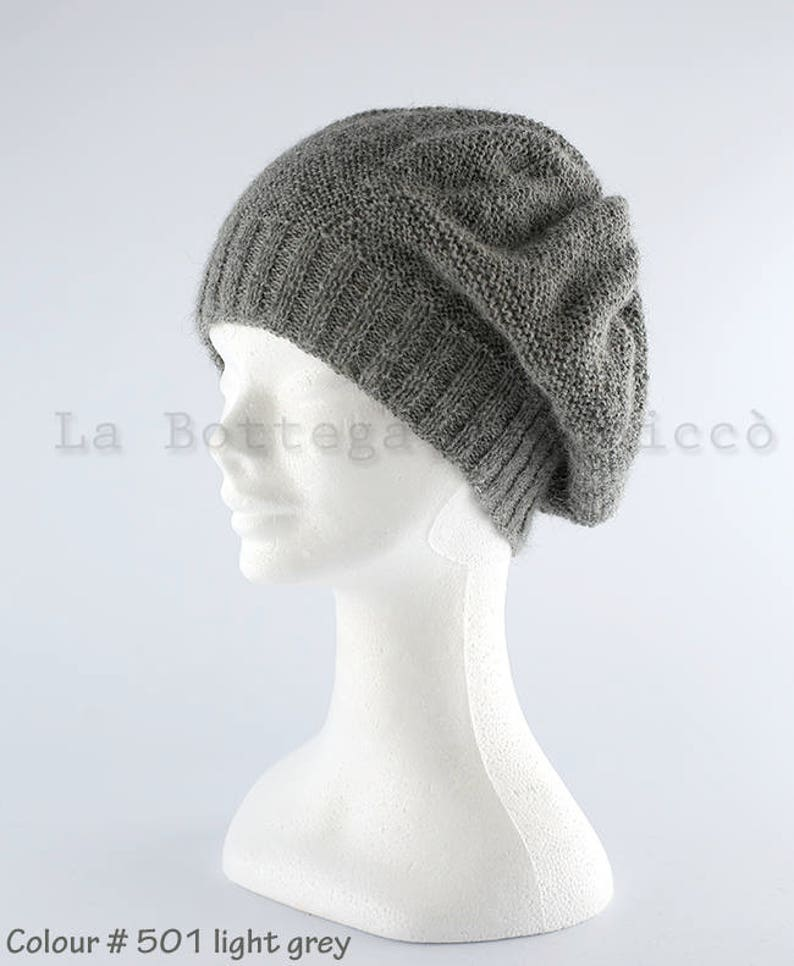 Cappello e scaldapolsi donna fatti a maglia cappello morbido  6ea481987fd0