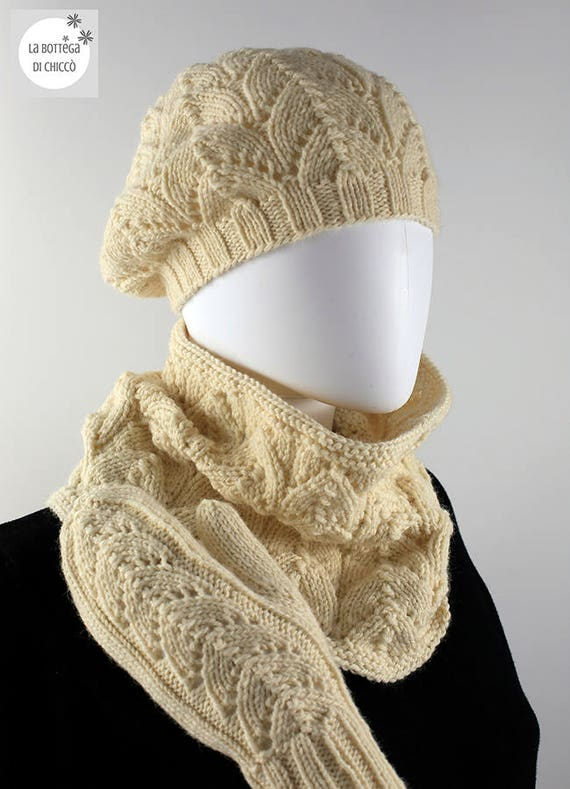646f45616c3 Handmade knitted hat neckwarmer and mittens in wool and