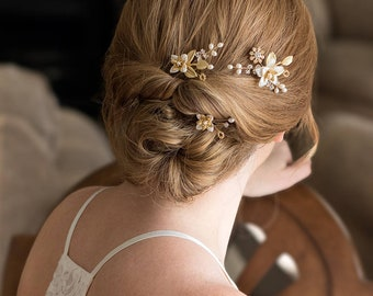 Bridal Hair pins with pretty leaves. Beautiful wedding hair pins,  Hair Pins, bridal headpiece, wedding hair comb AMBER