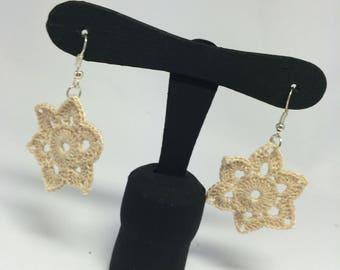 Flower wool Lily Earrings Beige-