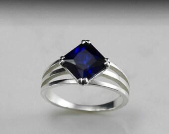 Blue Sapphire - Princess cut - Solitaire gold ring - anniversary ring - September birthstone - blue gemstone - dark blue - free shipping