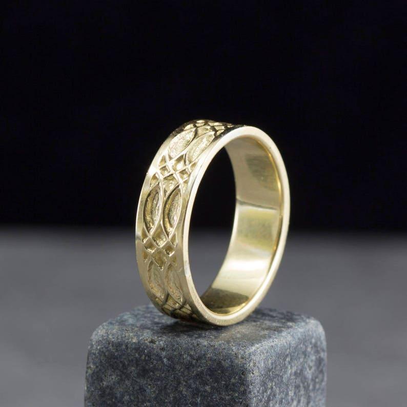 Men Celtic Wedding Ring