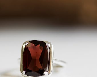 Silver Garnet ring, Red Garnet ring, January birthstone ring, Garnet jewelry, Red gemstone ring