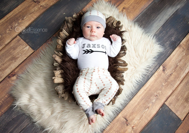 58cd54d379684 Personalized baby boy coming home outfit - Custom Newborn Outfit - Triangle  Print Newborn Boy Take Home Outfit
