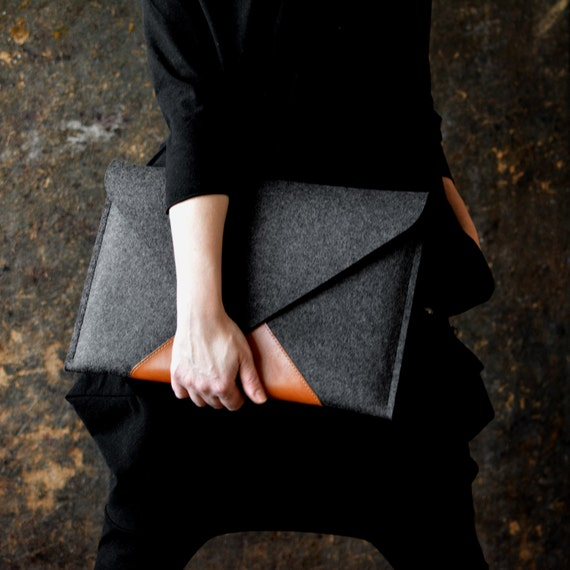 "Mac Book 15"" Pro Retina Bestseller Case Full Grain Italian Leather Wool Felt Pocket Zipper Fits A4 by Etsy"