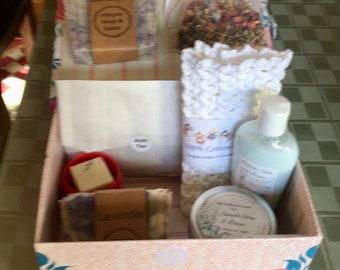 Deluxe Lavender Spa Box