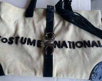 05c72c79e29 Vrouw van de tas bag kostuum nationale 80 Milano vintage tas gemaakt in  Italië wit ivoor en blauw