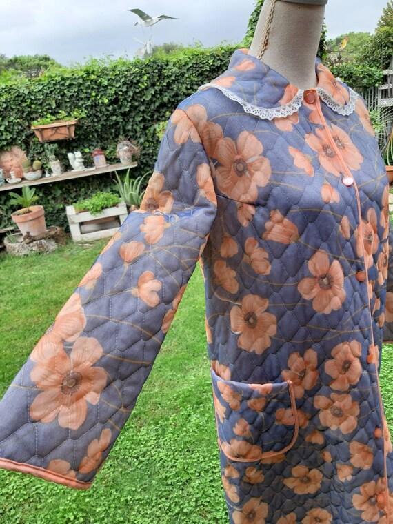 Vintage dressing gown groffled flowers orange popp