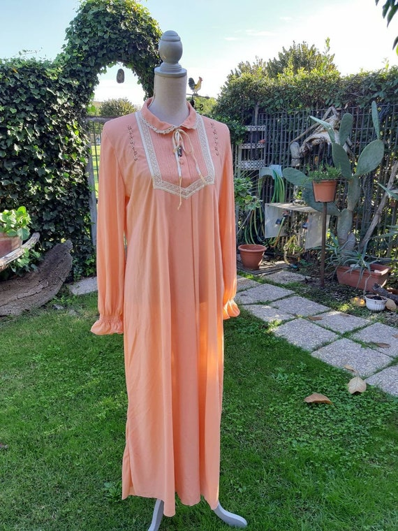 Vintage nightgown 50s salmon peach shabby chic nig