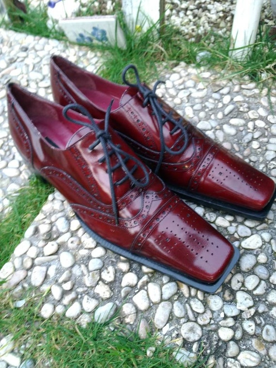 Vintage women's shoes 90s Oxford style loafers bur