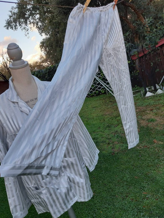 Silk pajama 80s vintage grey chic pajama wedding s