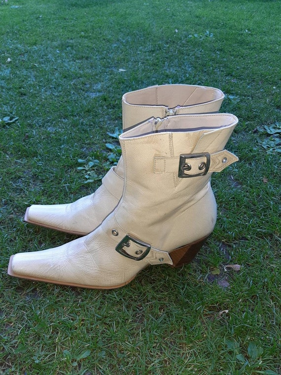 Women's boots vintage style cowboy 80s fashion Ita