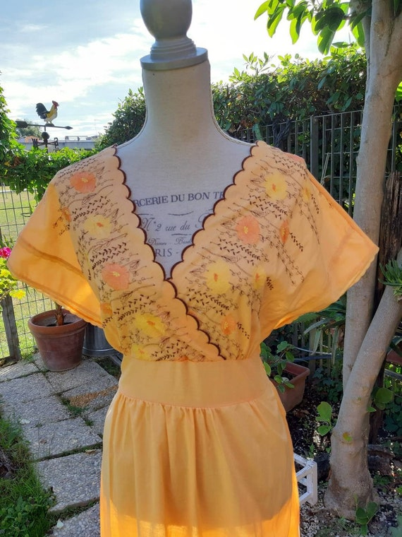 Yellow country chic nightgown vintage 70s night ye