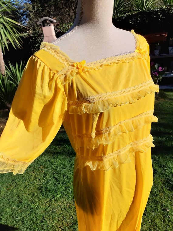 Nightgown shabby chic vintage yellow Yellow plissé
