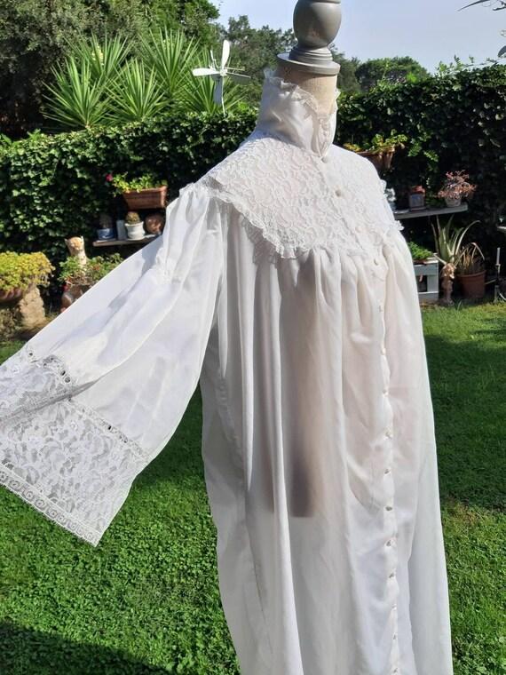Vintage white vest shabby chic white cloud white l