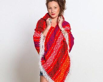 VTG 70's Hippie Boho Woodstock Style Red Winter Poncho