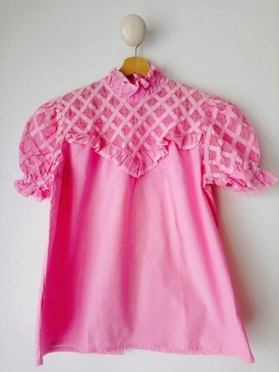 Vintage 60s ruffle collar shirt