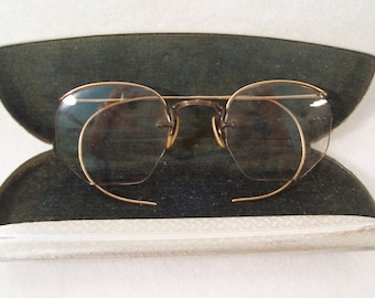 680f738d046 Vintage Eyeglasses Rimless 12 K Gold Filled with Aluminum Case Small S894