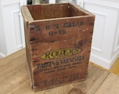 Bright Red Barn Paint Wooden Antique Crate - Detroit White Lead Works - Rogers Paints Varnishes