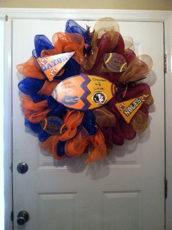 Florida Gators and Florida State Seminoles House Divided Wreath - Florida Gators - FSU Seminoles - House Divided Wreath - College Football
