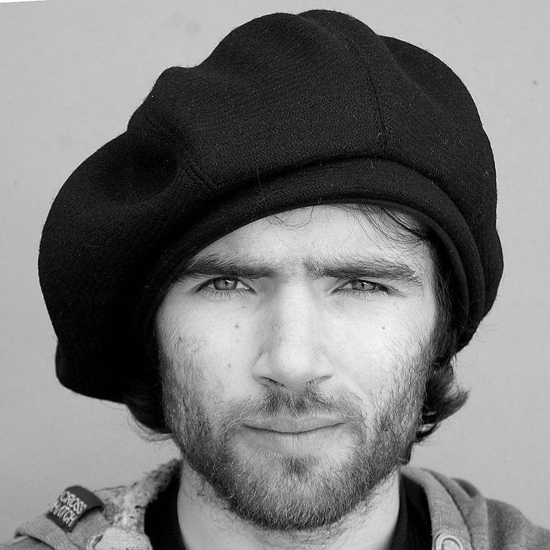 Handmade mens beret Harris tweed tam Black French beret  4769228389f