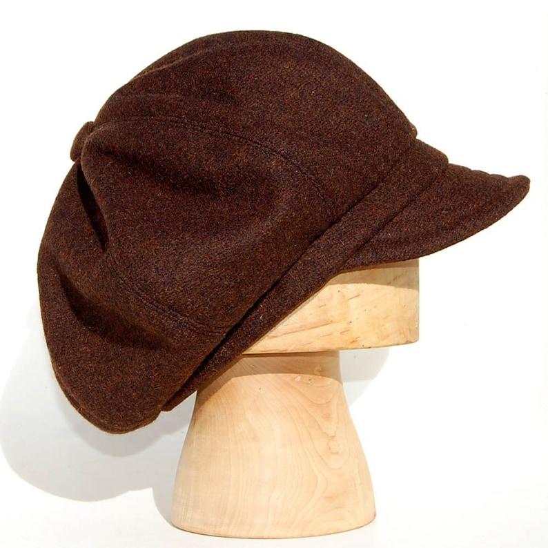 Baker Boy cap in brown wool tweed Womens newsboy cap Harris  4541522512e