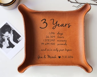 Leather Tray with Your Vows or Song / Leather Anniversary Gift for Her / 3-Year Anniversary Gift / Custom Catchall / 3rd Anniversary Gift