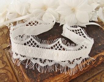 Bridal Delicate Choker Necklace Bridal Lace Choker Wedding Jewelry Bridal Lace Jewelry Necklace Dainty Pearl Choker Necklace Lace Necklace