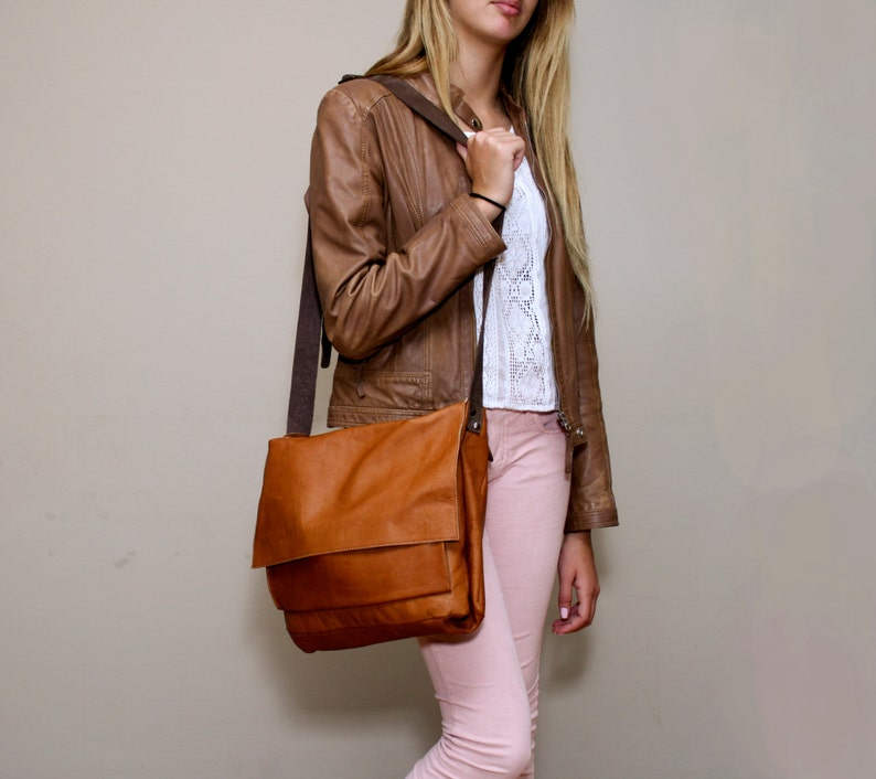 3059977d4c41 Sale Soft brown leather messenger bag Brown leather