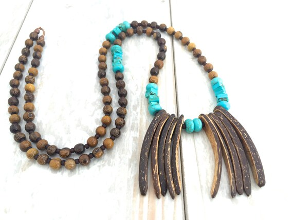 Bohemia Necklace, Beach Jewelry, Coconut Shell Necklace, Boho Jewelry, Ethnic Jewelry, Tribal Necklace, Natural Jewelry