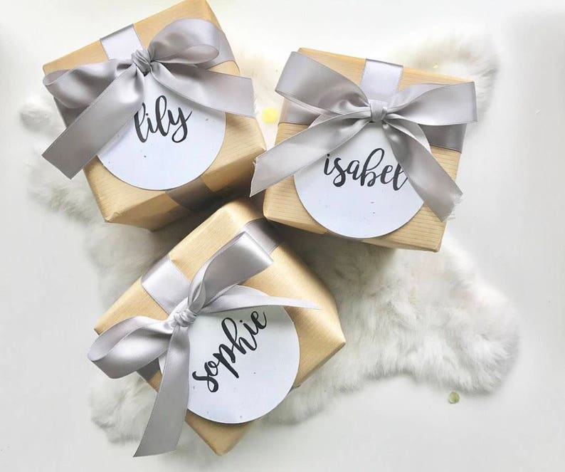 Gift Wrapping. individually add-on for POP me Balloons image 0