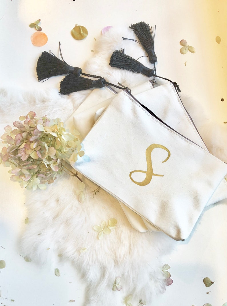 Personalizd Cosmetic bag Make-up bag. Bridesmaids Gift Maid image 0