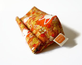 Reusable snack bag, Doggy bag size, fabric bag with Retro fox print [#427], eco friendly, no waste lunch, washable bag, surprise bag