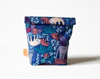 Reusable snack bag, sandwich bag in Doggy bag format, transformable eco friendly bag — Jungle sloth2