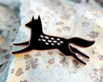 Black Wolf Enamel Pin - Lapel Pin - Badge
