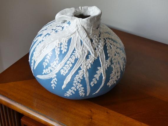 Arte di zucca: Vaso di Moriage blu e bianco