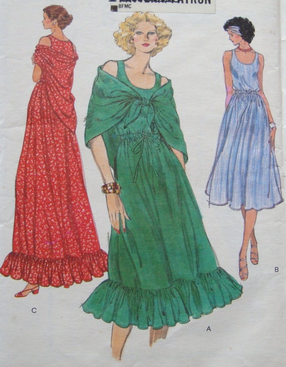 Retro Summer Dress & Shawl Sewing Pattern Pullover, Loose Fitting Vintage Very Easy Vogue 9467 Misses Size 12 Bust 34 Inch Uncut