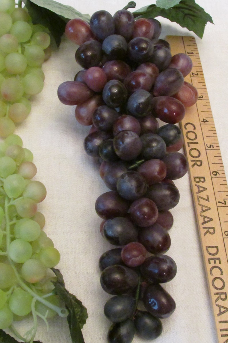 4 BUNCHES GRAPES Artificial Plastic Rubber Fabric Leaves Vintage