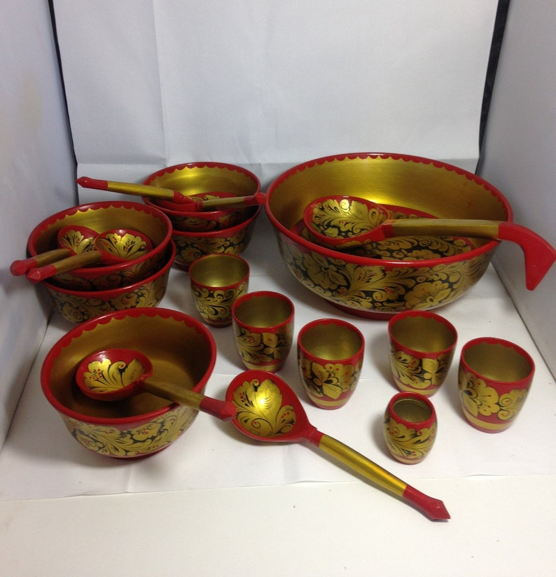 6 bowls,6spoons,6 cups,ladle,19pss yellow gold Vintage 1990s Russian black red  hand painted  lacquered nearly full set