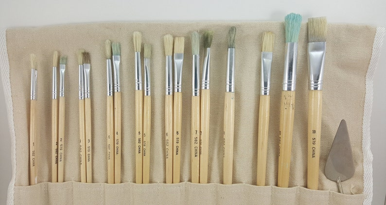 Artist Brushes Craft Brushes Set Of 18 Brushes Small Trowell Canvas Fabric Holder-Used Wooden Handles brushes Paint Brushes